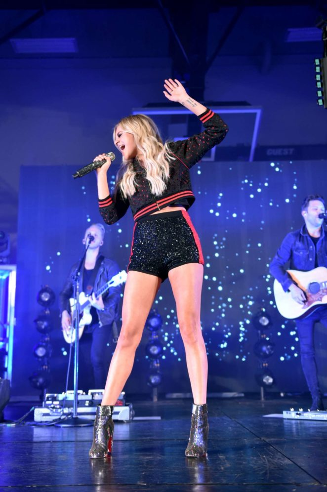 Kelsea Ballerini - Knoxville Homecoming in Knoxville