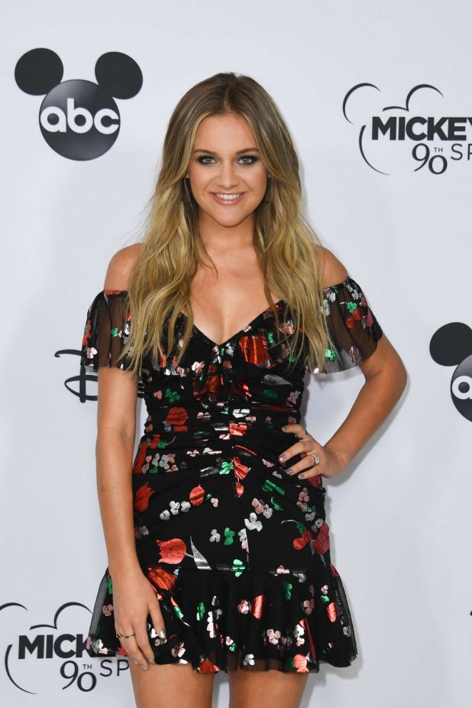 Kelsea Ballerini - Mickey's 90th Spectacular in Los Angeles