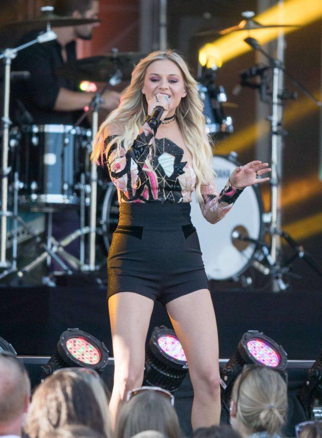 Kelsea Ballerini - Performing at Jimmy Kimmel Live! in Los Angeles
