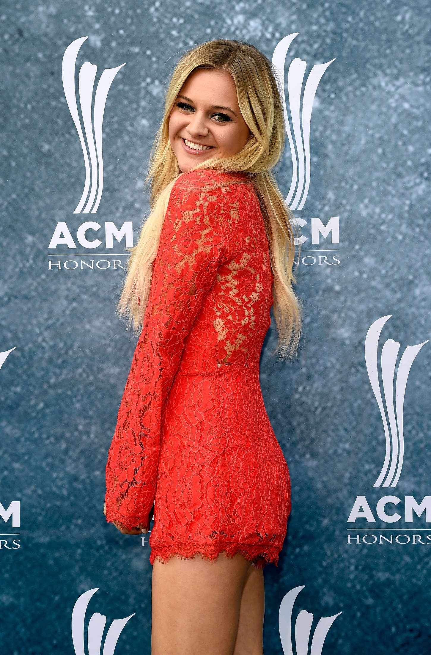 Kelsea Ballerini 2015 : Kelsea Ballerini: The 9th Annual ACM Honors -08