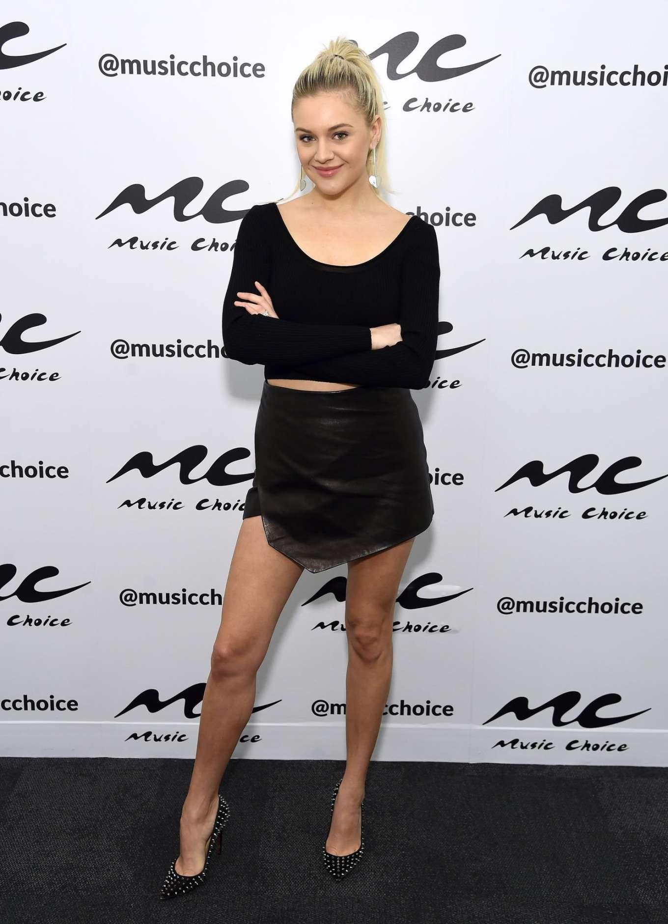 Kelsea Ballerini 2020 : Kelsea Ballerini visiting Music Choice in NYC-15