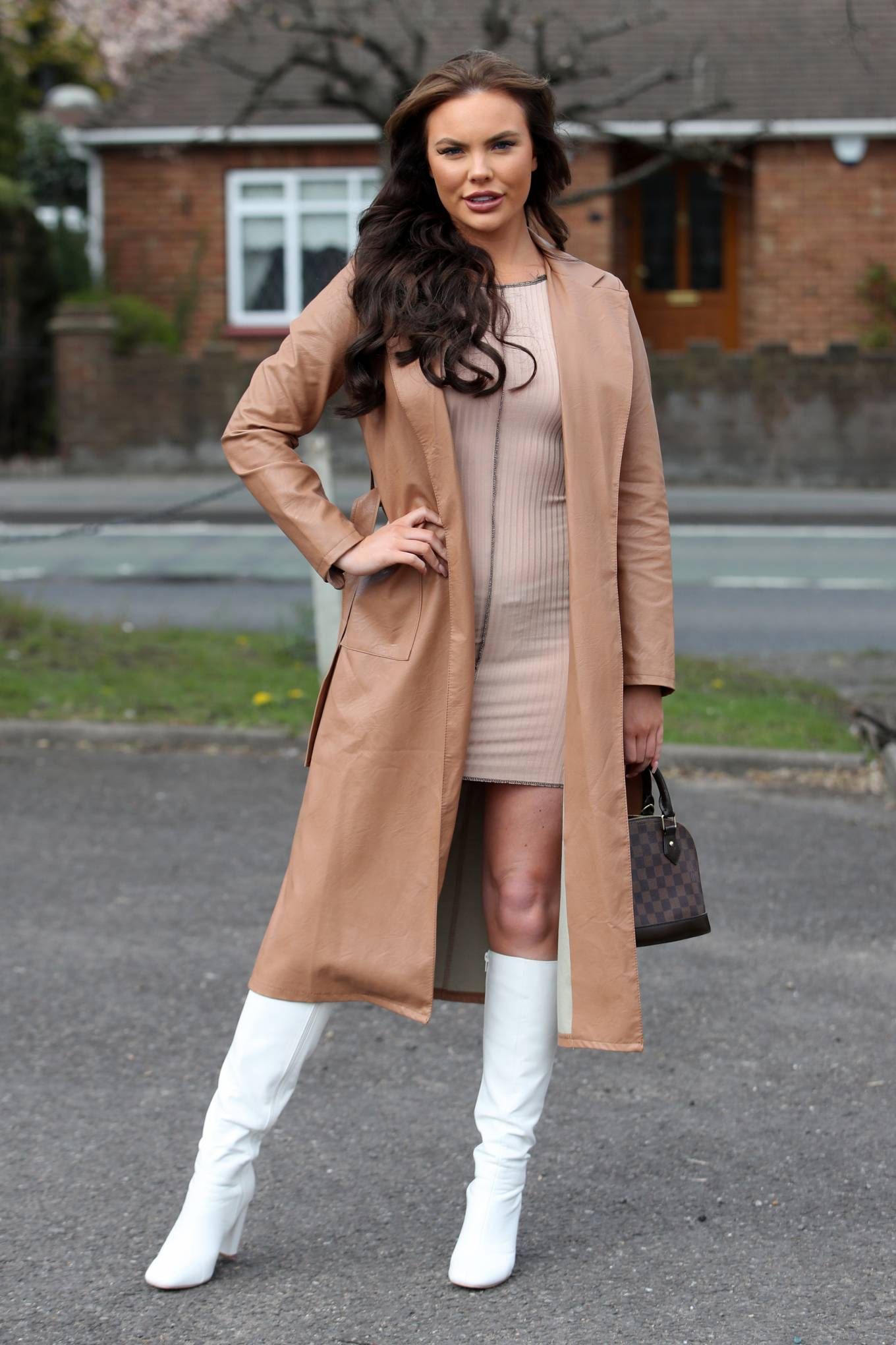 Kelsey Stratford 2021 : Kelsey Stratford – The Only Way is Essex TV Show filming in Essex-03