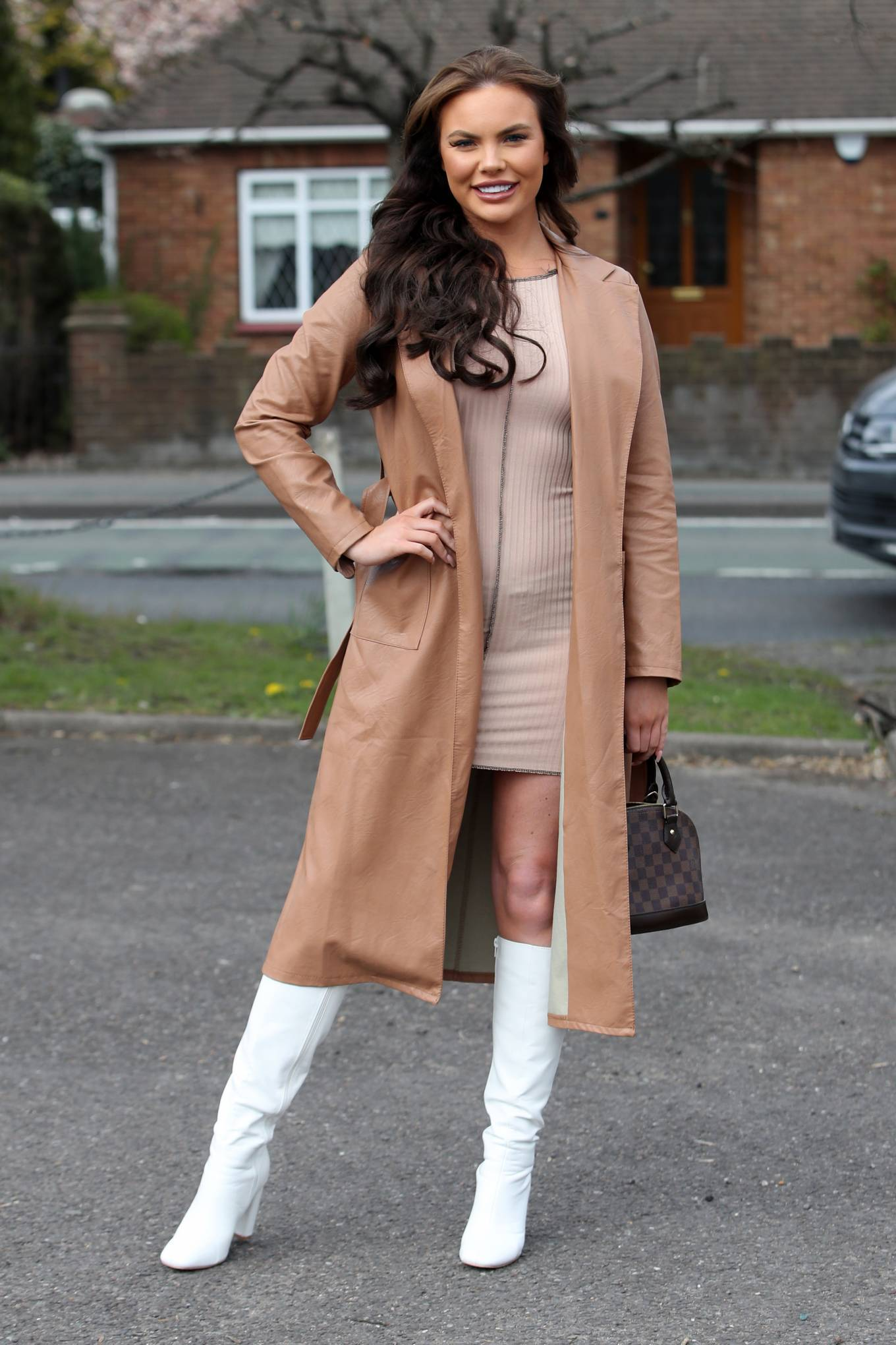 Kelsey Stratford 2021 : Kelsey Stratford – The Only Way is Essex TV Show filming in Essex-04