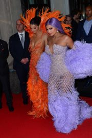 Kendall and Kylie Jenner - Heads to The 2019 Met Gala in New York