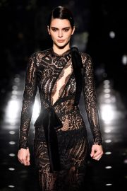 Kendall Jenner - 2020 Tom Ford AW20 Show in Hollywood