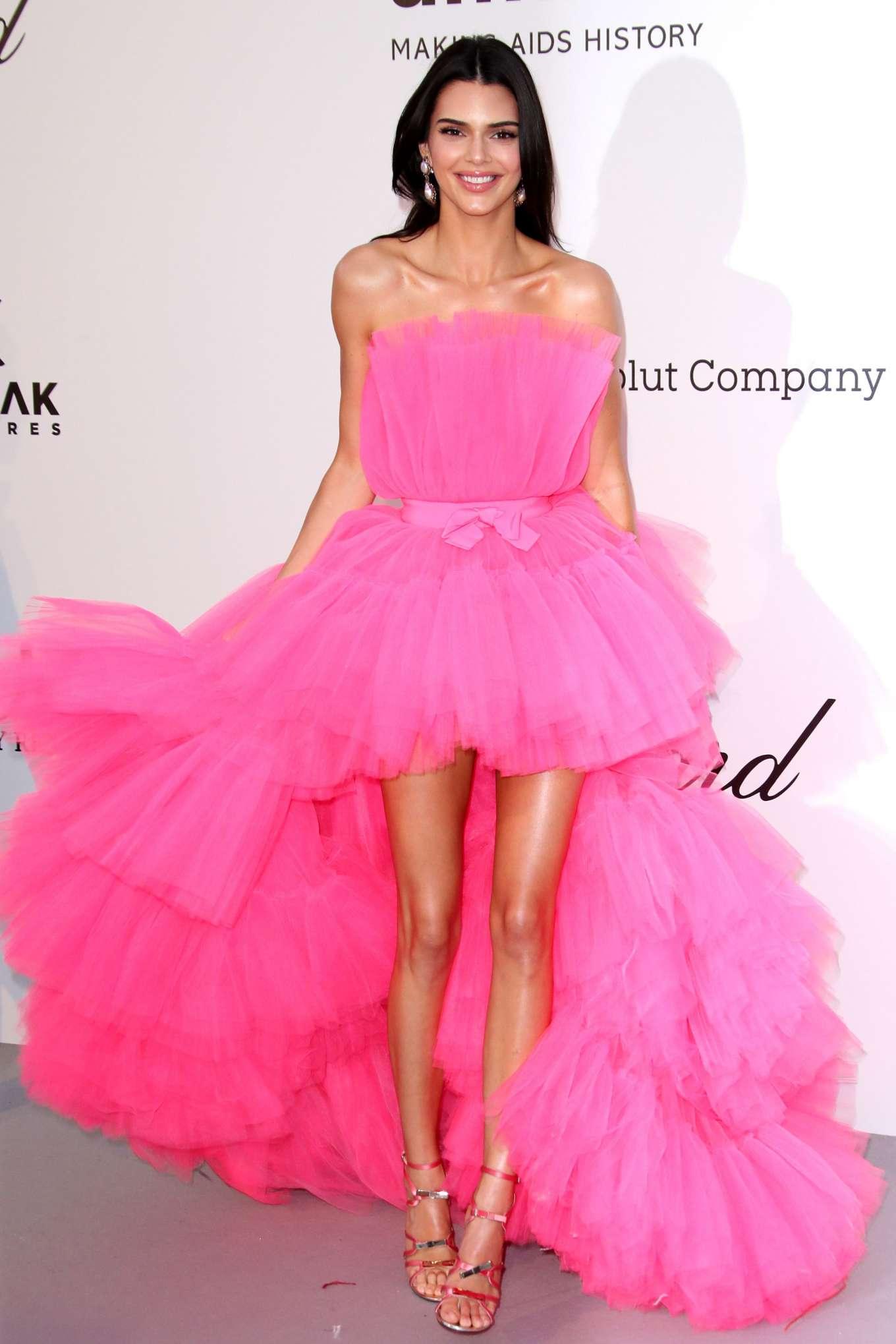 Kendall Jenner - amfAR's 2019 Cinema Against AIDS Gala in Cannes