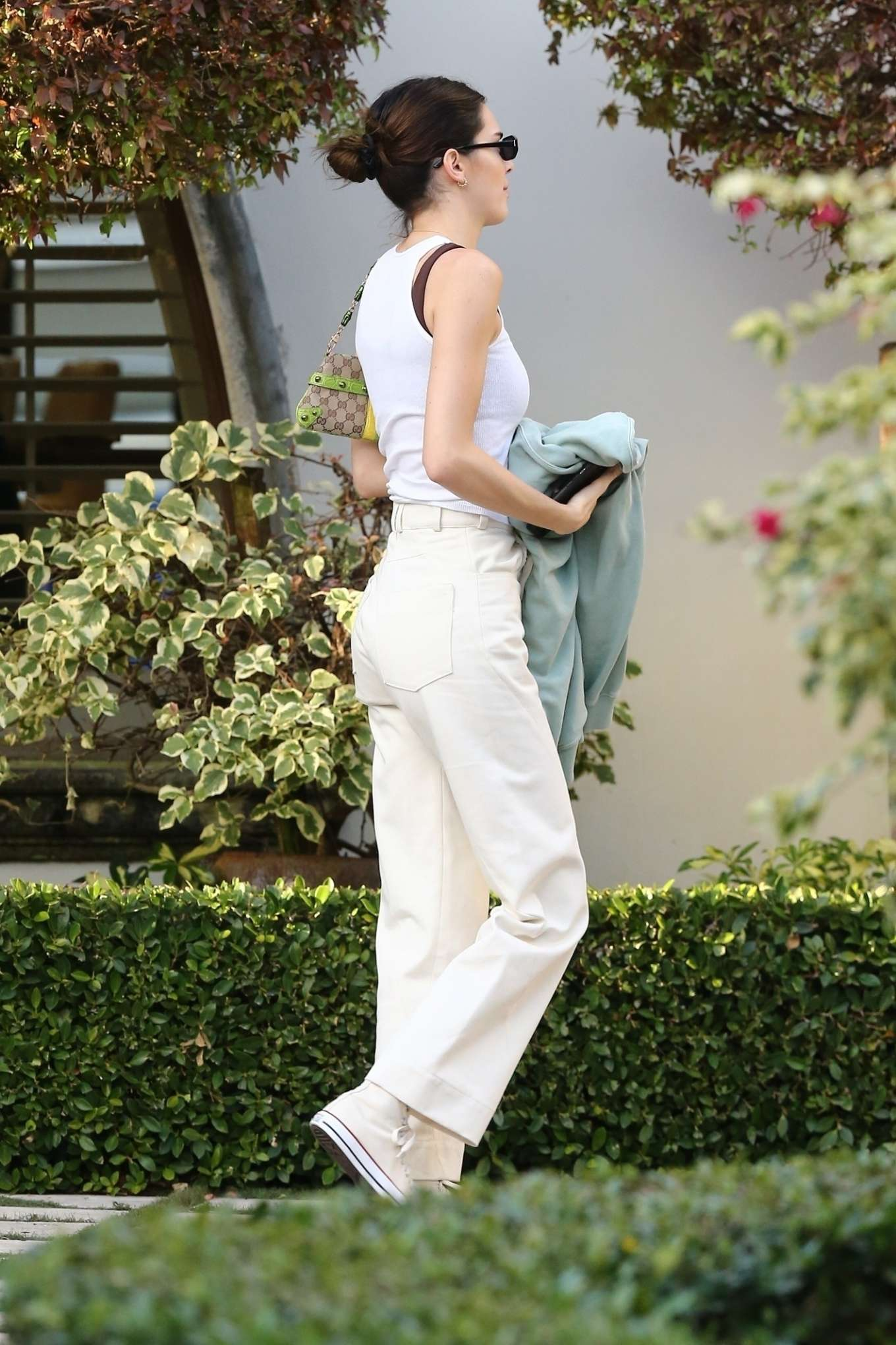 Kendall Jenner 2020 : Kendall Jenner and boyfriend Ben Simmons – Out in Miami-09