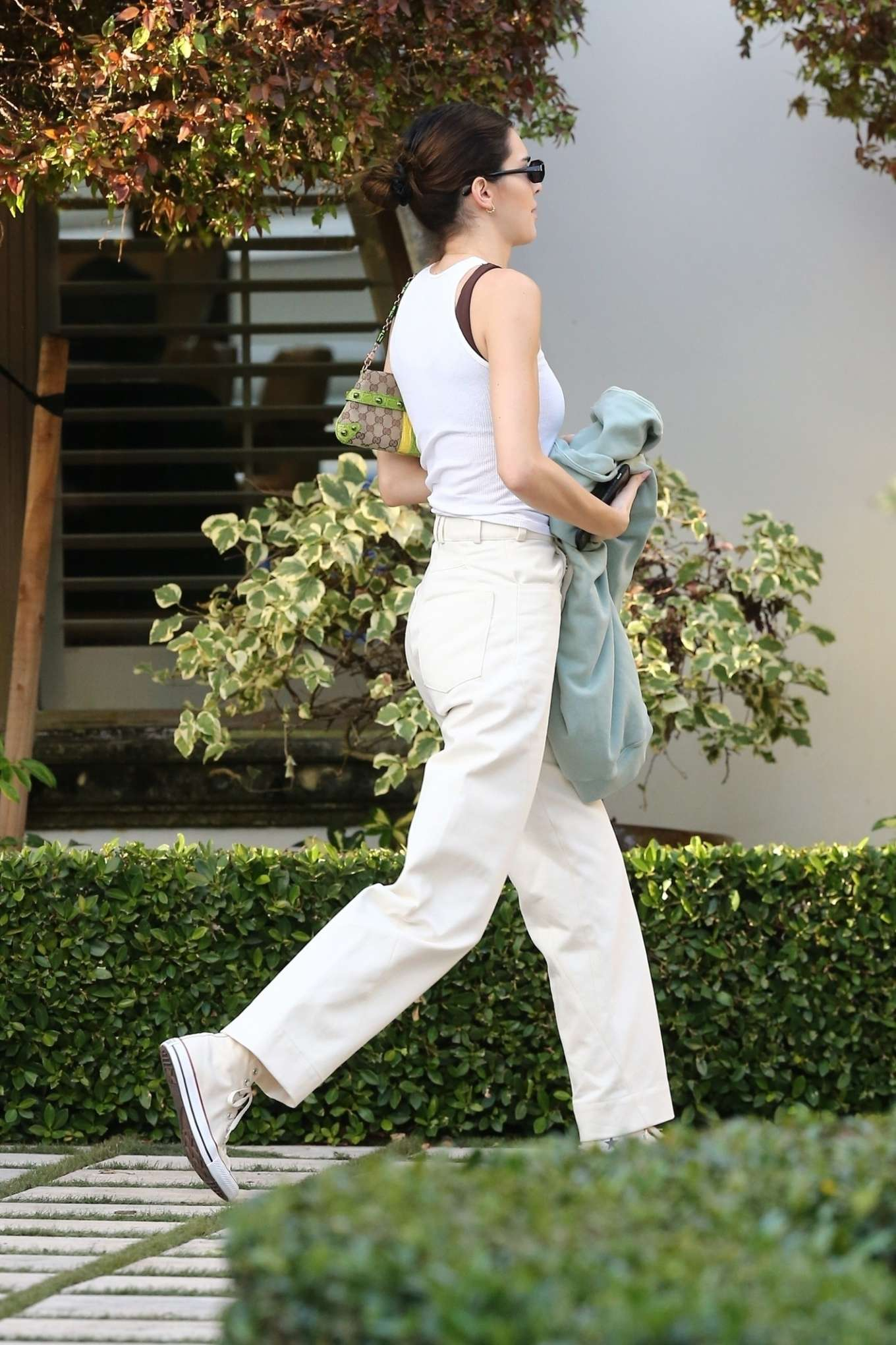 Kendall Jenner 2020 : Kendall Jenner and boyfriend Ben Simmons – Out in Miami-13