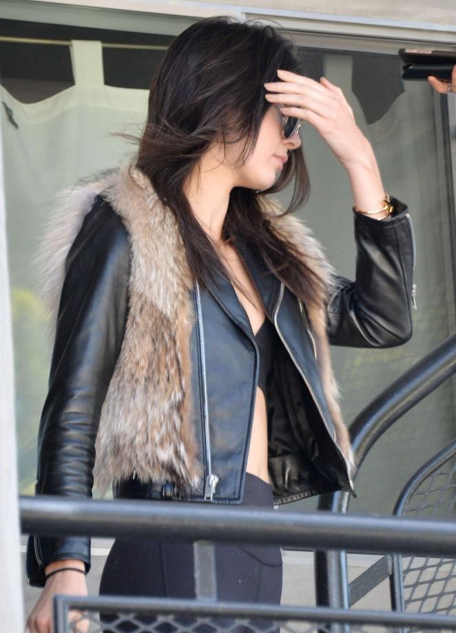 Kendall Jenner in Leggings -15