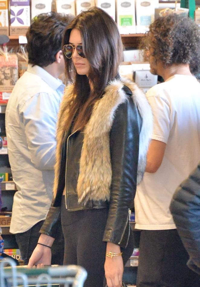 Kendall Jenner in Leggings -42