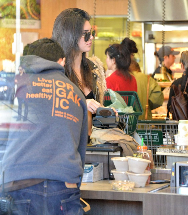 Kendall Jenner in Leggings -46