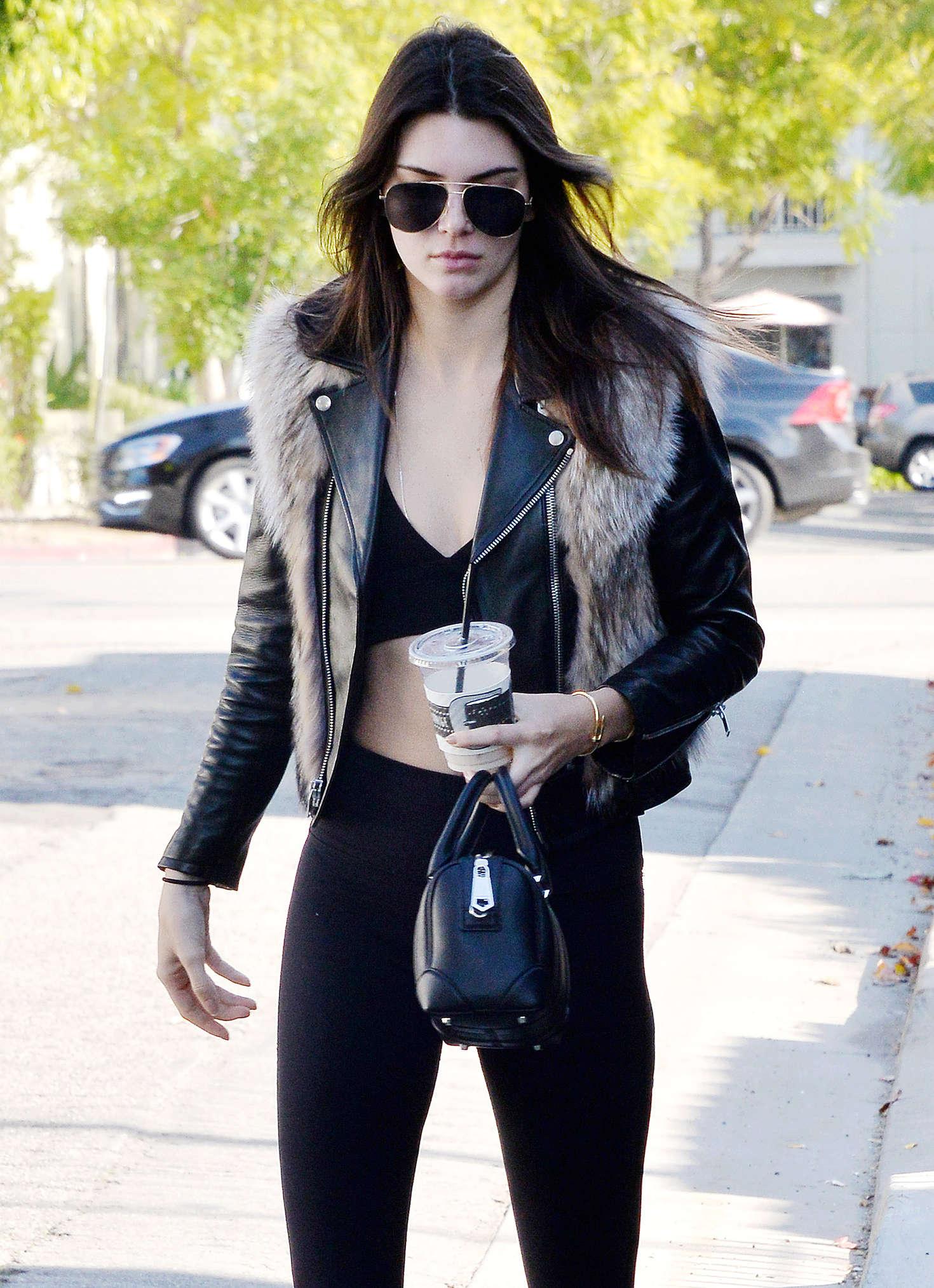 Kendall Jenner 2016 : Kendall Jenner in Leggings -66