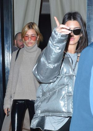 Kendall Jenner and Hailey Baldwin - Out for lunch in NYC