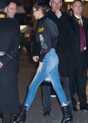 Kendall Jenner - Arrival of the Angels of Victoria's Secret in Paris