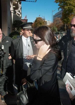 Kendall Jenner: Arrives at George V Hotel -06