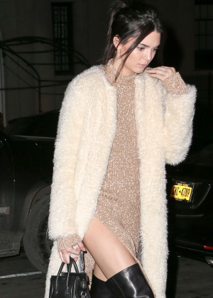 Kendall Jenner - Arrives at her Hotel in NYC