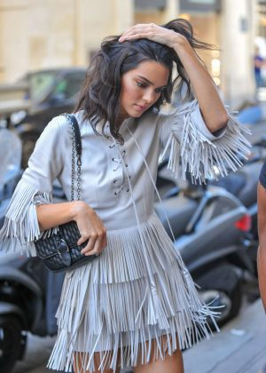 Kendall Jenner - Arrives at the Four Seasons George V hotel in Paris