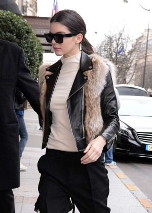 Kendall Jenner - Arriving at her hotel in Paris