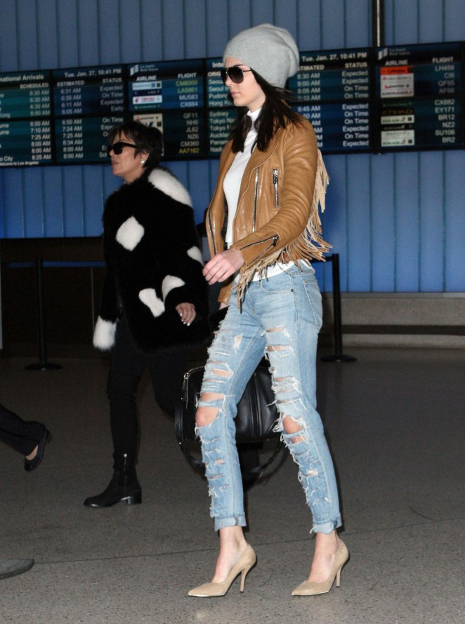 Kendall Jenner in Ripped jeans LAX -43