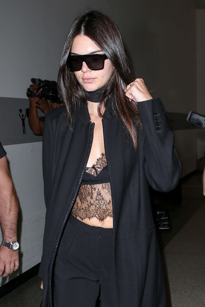 Kendall Jenner – Arriving at LAX Airport in Los Angeles