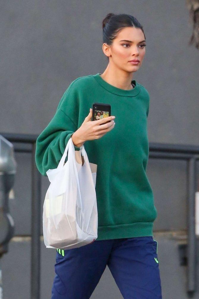 Kendall Jenner - Arriving at Milk Studio in Los Angeles