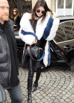 Kendall Jenner - Arriving at the Balmain Fashion Show in Paris