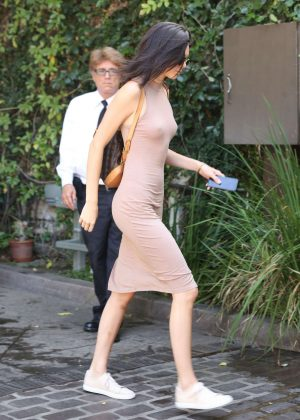 Kendall Jenner: Arriving at The Villa Restaurant -10