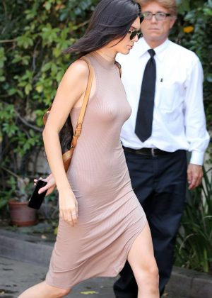Kendall Jenner: Arriving at The Villa Restaurant -16