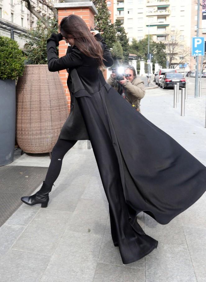 Kendall Jenner: Arriving in Milan -10