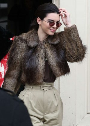 Kendall Jenner - Arriving to the Chanel Show in Paris