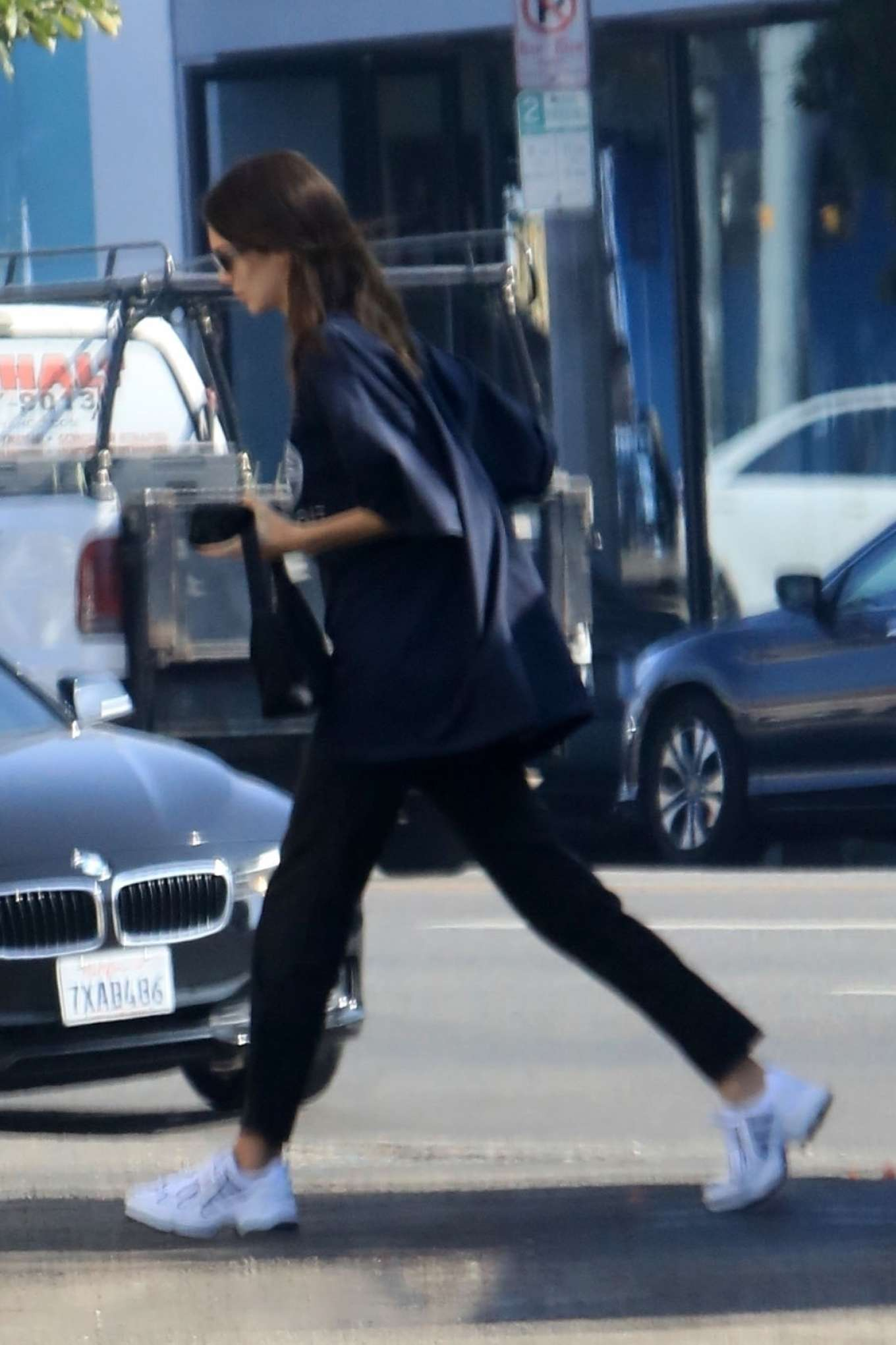 Kendall Jenner 2019 : Kendall Jenner at Aldreds Coffee in West Hollywood-08