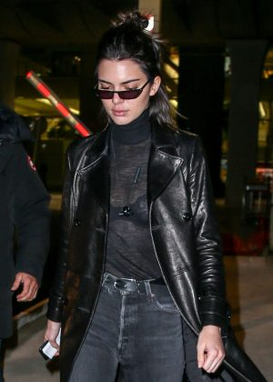 Kendall Jenner at Charles de Gaulle Airport in Paris