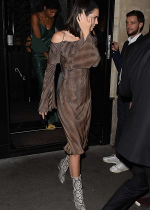Kendall Jenner at Kinu Japanese restaurant in Paris