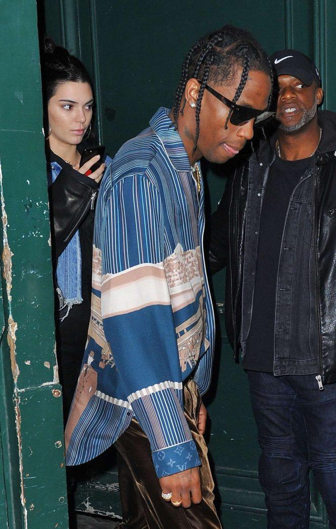 92e1e33dfe96 Kendall Jenner 2017 : Kendall Jenner at Travis Scott photo studio Rouchon  -15