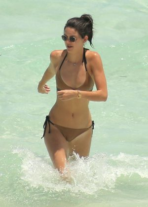 Kendall Jenner - Bikini Candids in Turks and Caicos