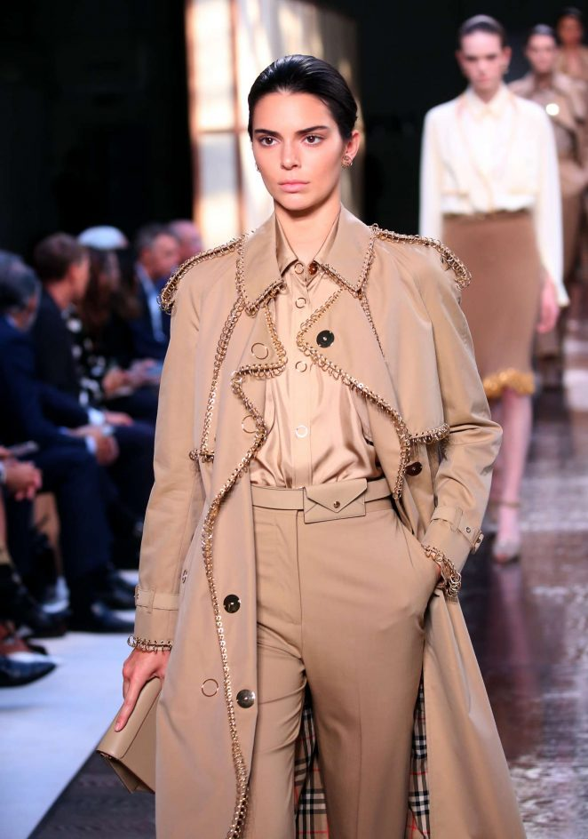 Kendall Jenner - Burberry Ready to Wear Runway Show in London