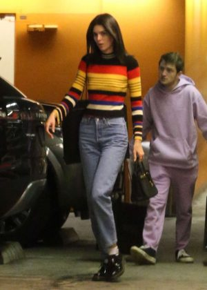 Kendall Jenner - Christmas Shopping in Beverly Hills
