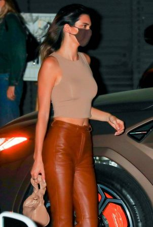 Kendall Jenner - dinner at Nobu Restaurant in Malibu