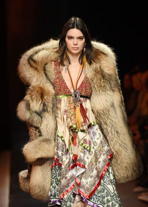 Kendall Jenner - Dsquared2 Show Runway at 2018 Milan Men's Fashion Week in Milan