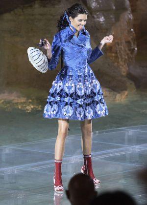Kendall Jenner - Fendi Fashion Show in Rome
