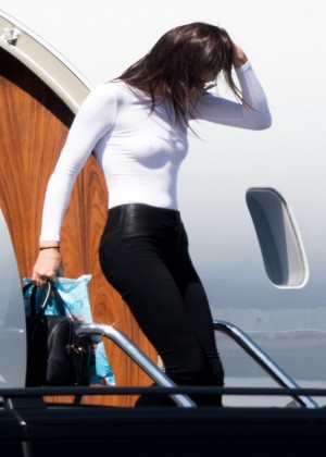 Kendall Jenner: Getting off a private jet -04