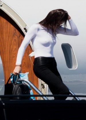 Kendall Jenner: Getting off a private jet -08