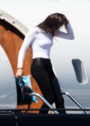 Kendall Jenner: Getting off a private jet -18