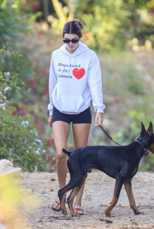 Kendall Jenner - Hiking in Malibu with doberman and dad in Malibu