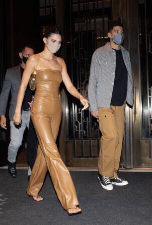 Kendall Jenner - In a skintight brown leather outfit with boyfriend Devin Booker in New York