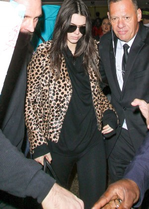 2475ce4956eb Back to post Kendall Jenner in Animal Print Jacket at LAX in LA