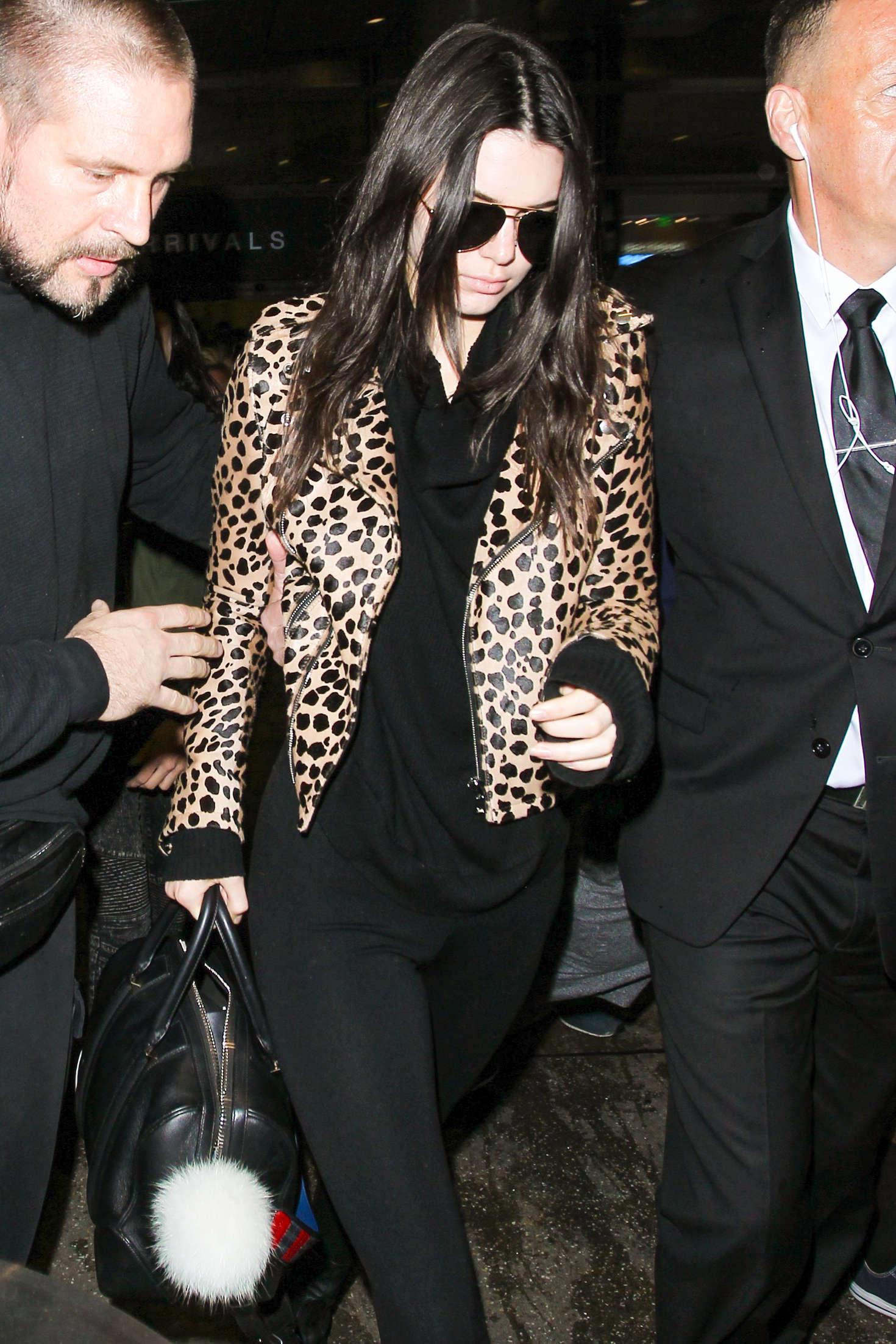 ac9dd50c76ec Kendall Jenner in Animal Print Jacket at LAX -07 | GotCeleb