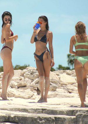 Kendall Jenner in Bikini -15