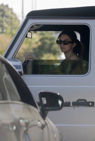 Kendall Jenner - In her convertible Mercedes G-Wagon in Beverly Hills