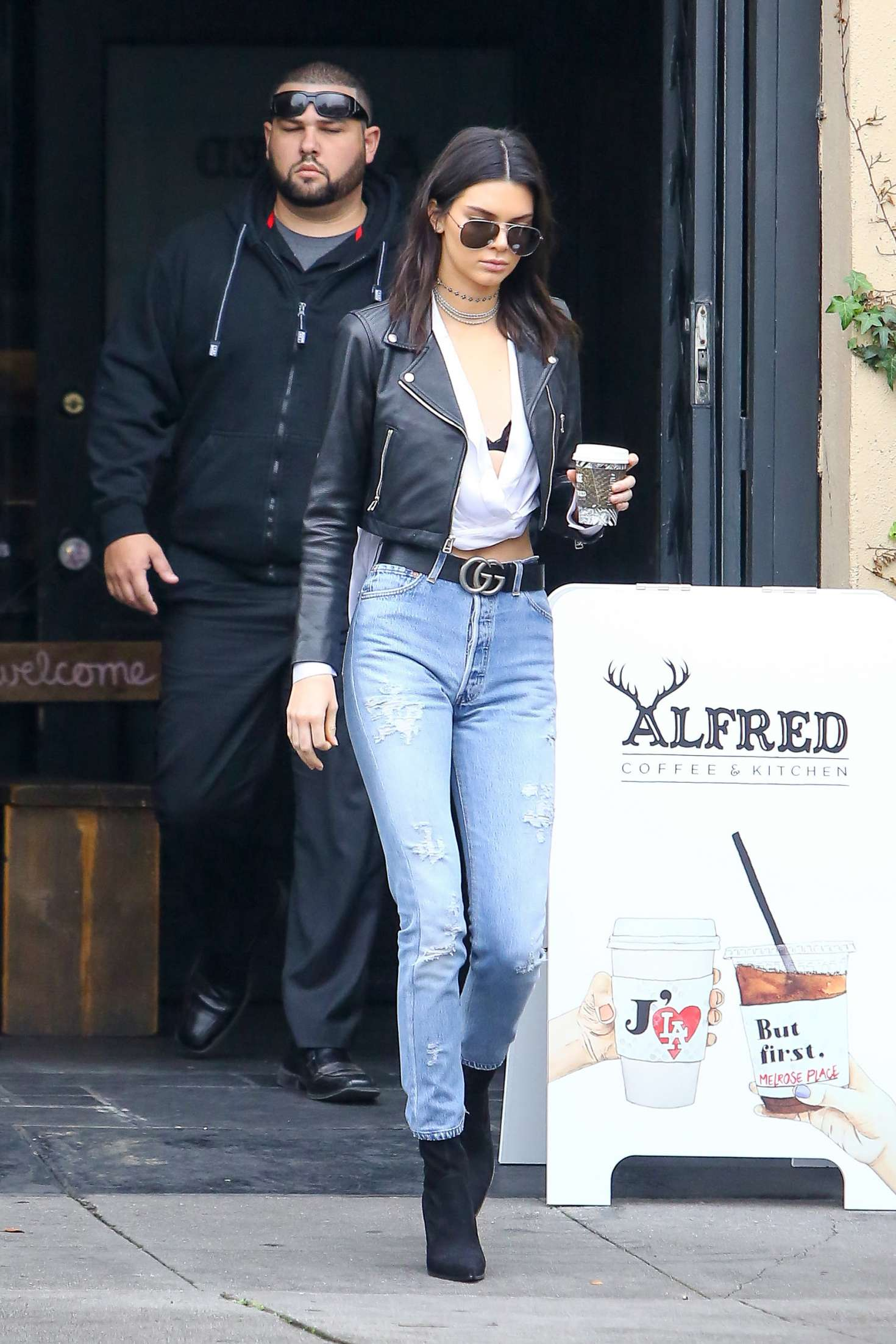 Kendall Jenner 2016 : Kendall Jenner in Jeans at Alfred Coffee -14